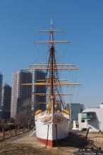 Meiji Maru (明治丸)